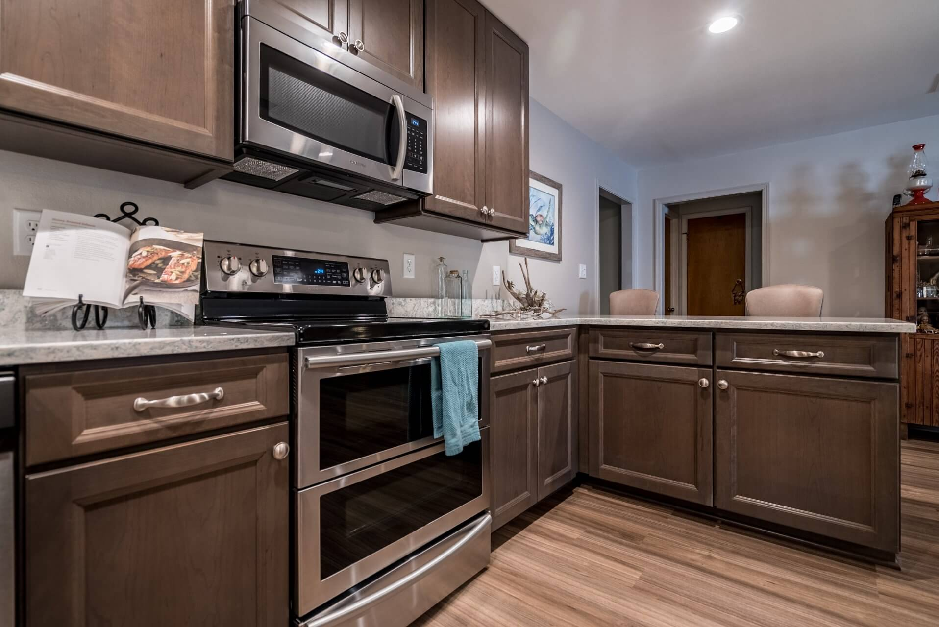Transitional Style Kitchen stainless appliances
