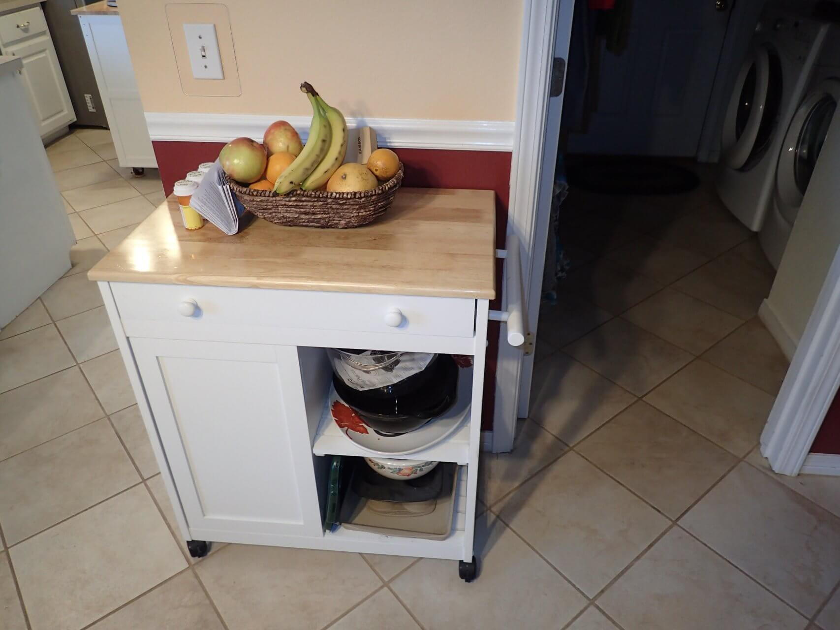Before: Moveable kitchen island