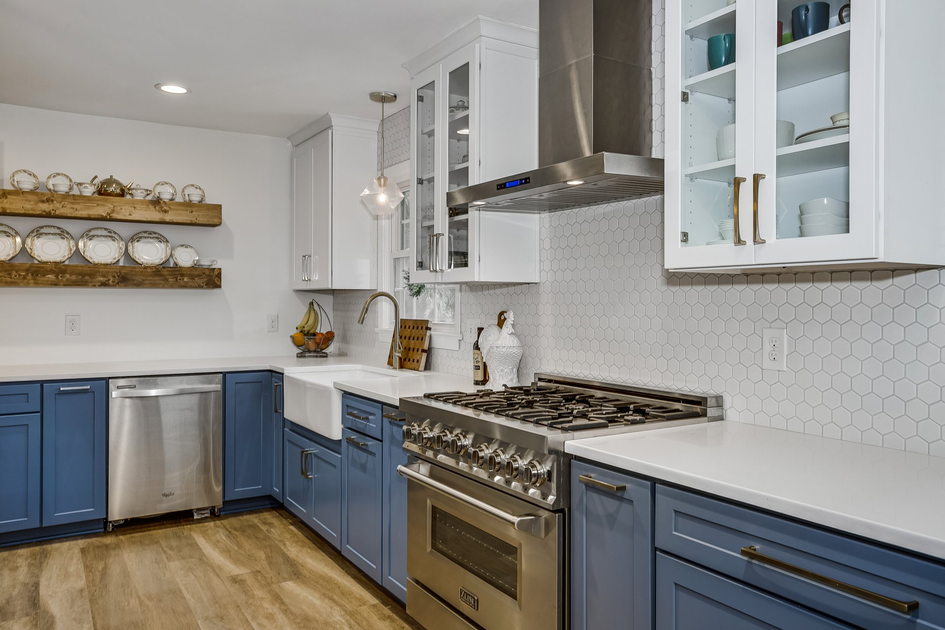 Custom cabinets in remodeled kitchen by Cabinet Depot