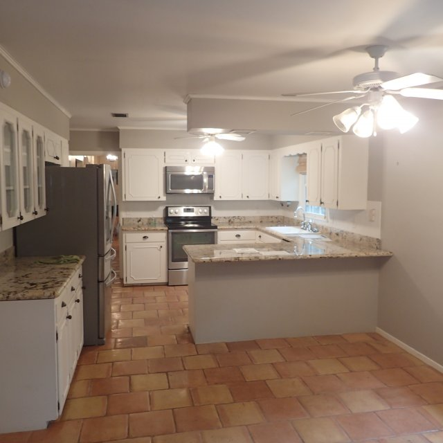 East Hill kitchen before remodel by Cabinet Depot