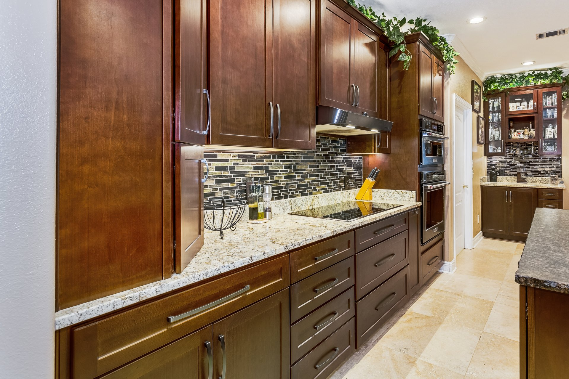 Ely and Allen - New kitchen cabinets